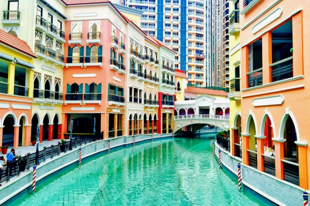 Venice Grand Canal Mall Megaworld Philippine Retail Real Estate in 2017