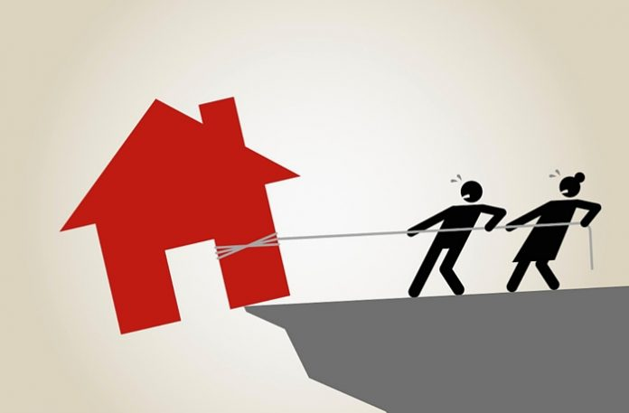 Nine tips for buying foreclosed properties