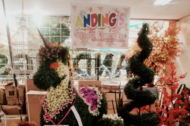 Where to Buy Christmas Decorations in Metro Manila - Lamudi on
