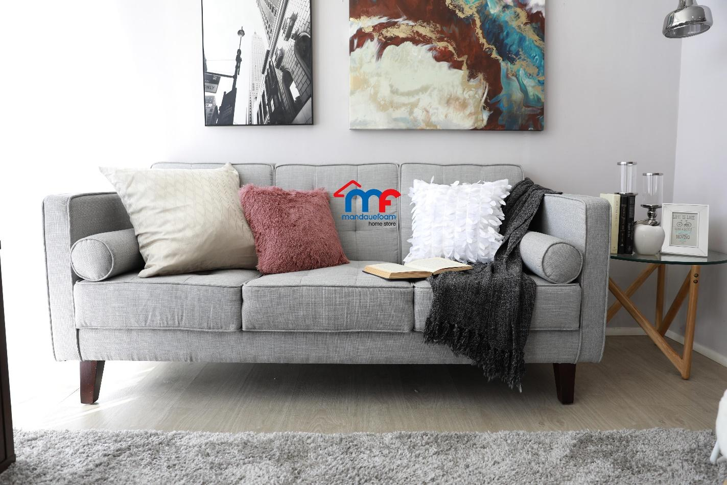 Peachy 7 Tips To Design A Tiny Yet Chic Living Room Lamudi Evergreenethics Interior Chair Design Evergreenethicsorg