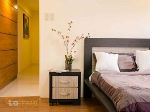 Simple Modern Bedroom to Make Resting Easy