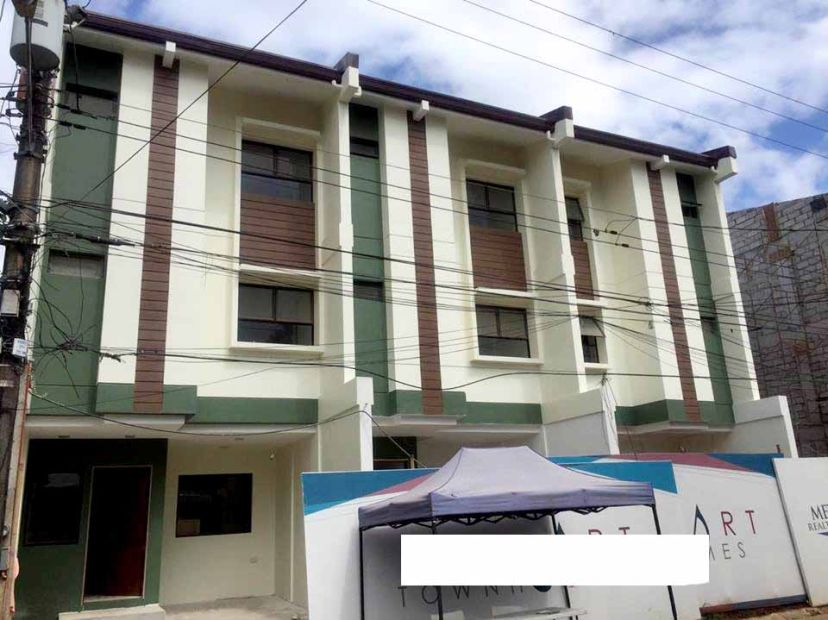 Townhouse for sale in commonwealth quezon city bedroom 3 for Terrace 33 makati