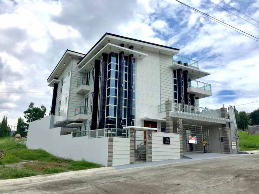 6br W Pool House And Lot For Sale In Tivoli Royale Exec Commonwealth Quezon City