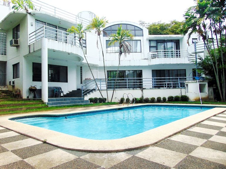 House and lot with swimming pool in maria luisa estate for Residential swimming pool dimensions in meters