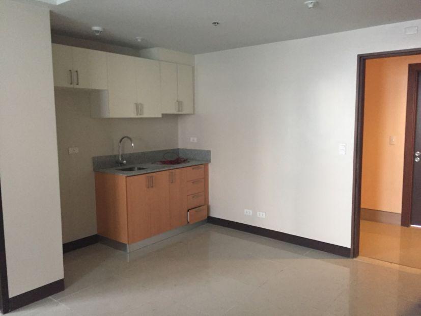 Unfurnished Studio Unit For Rent In Manhattan Heights Araneta