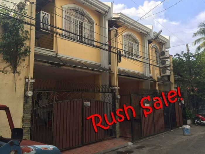 Rush Sale 3-Unit Income Generating Townhouse Apartments at