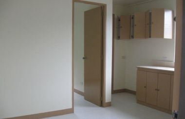 Peachy Apartment For Rent In Pasig Pasig Apartment Rentals Lamudi Home Interior And Landscaping Ymoonbapapsignezvosmurscom