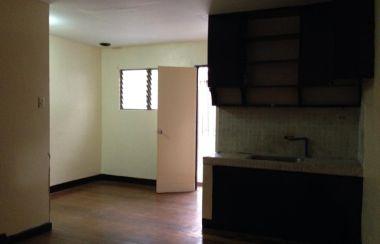 Fabulous Apartment For Rent In Bangkal Makati Lamudi Home Remodeling Inspirations Basidirectenergyitoicom