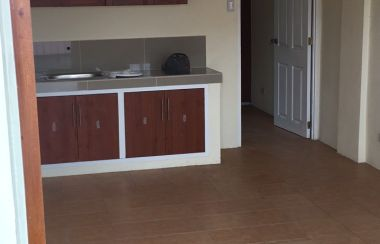 Safe And Clean 1 Bdrm Unit Across From Sm Bf Homes Paranaque