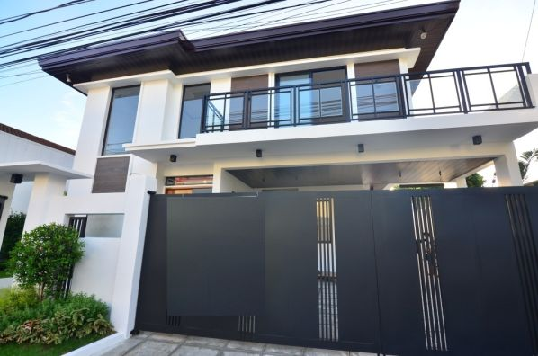 5 Bedroom 3 Car Garage House And Lot For Sale In Bf Homes Paranaque