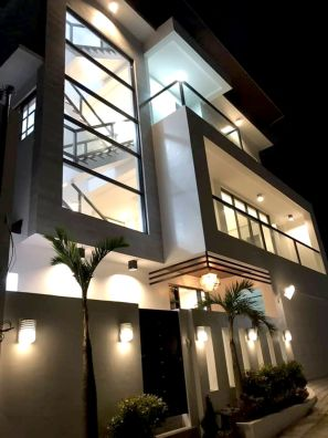 3 Storey House and Lot for sale in Commonwealth Quezon City Dona Carmen