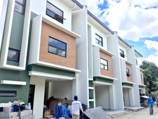 Affordable 3 Storey House and Lot 3Bedroom for sale in