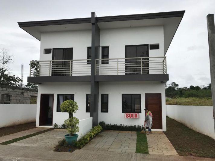 Houses in Binangonan Rizal