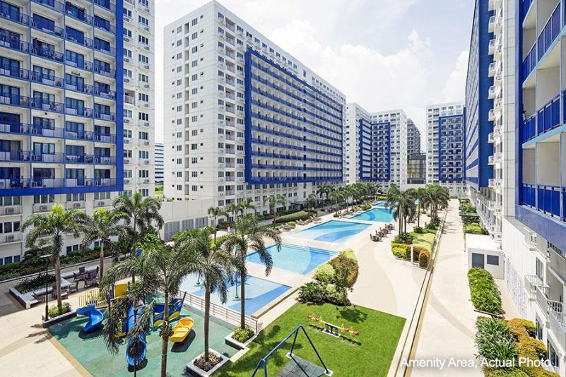 Buy a Condo in Mall of Asia Pasay