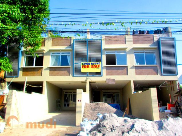 Townhouse for sale in project 8 bahay toro quezon city near congressional edsa Home furniture quezon city