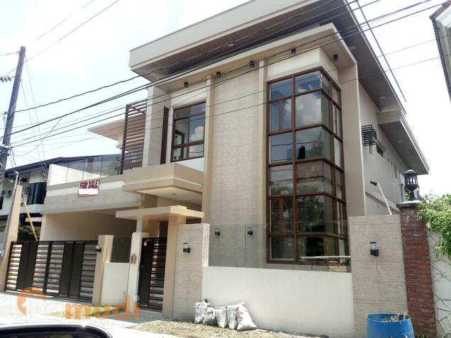Swimming Pool Prov House And Lot For Sale In Filinvest 2 Batasan Quezon City